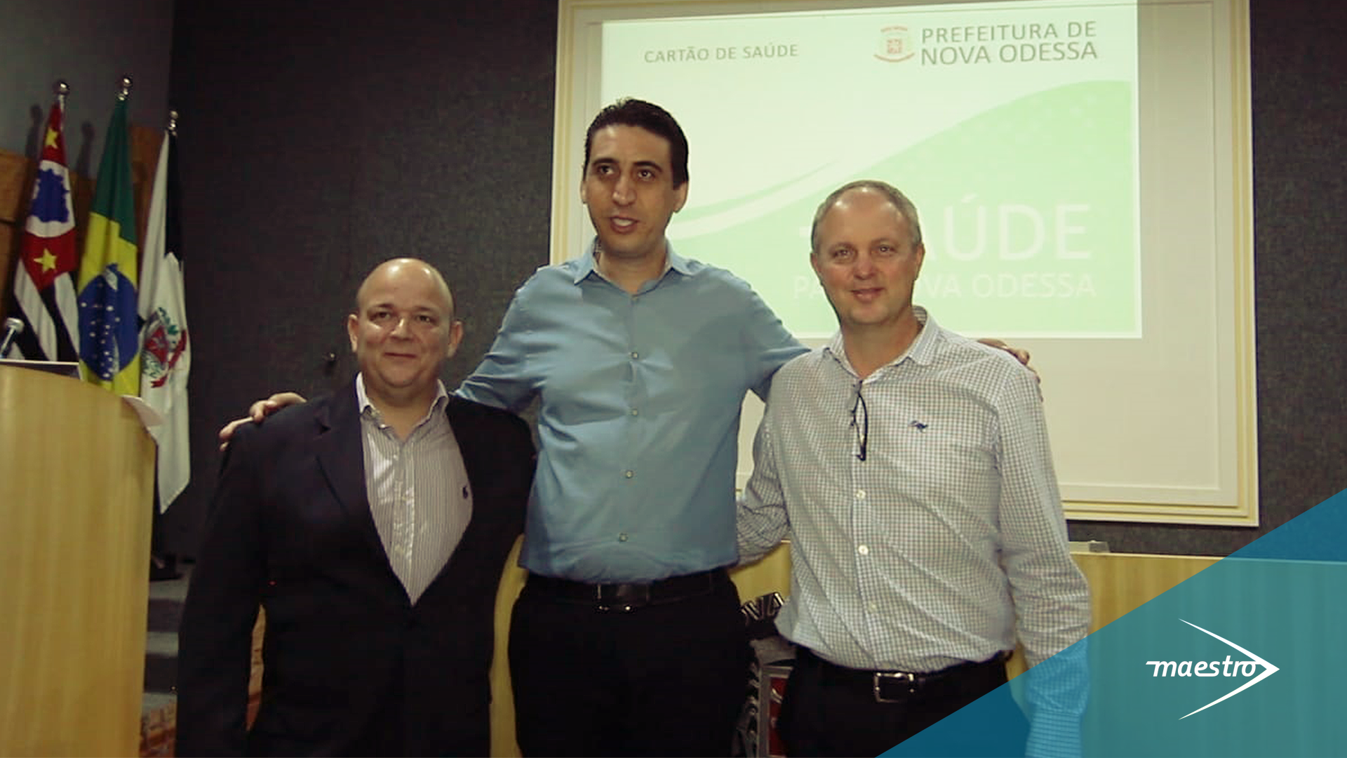 Foto: Glaucius Correa (Maestro), Vanderlei Cocato (Secretário de Saúde de Nova Odessa) e Wilian Josué (Maestro)